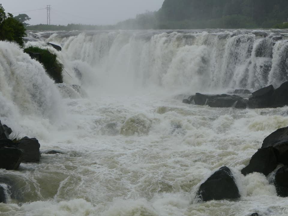 東洋のナイアガラ 曾木の滝